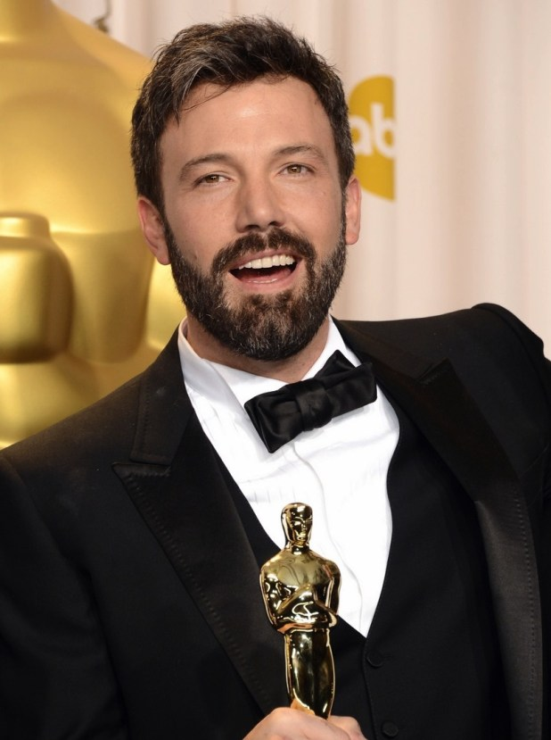 ben-affleck-george-clooney-win-best-picture-oscar-Agro-2013-02 The 10 Most Famous Male Actors with Awards