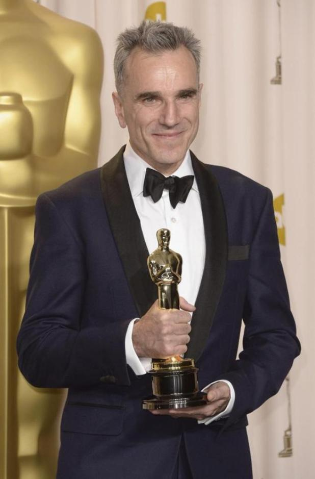 daniel-Day-Lewis The 10 Most Famous Male Actors with Awards