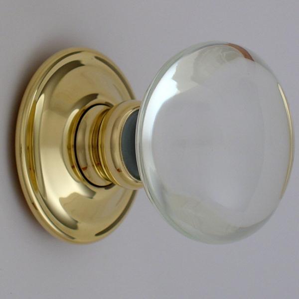 classic-glass-door-knob 4 Tips On How To Buy Your Door Knobs With Ideas