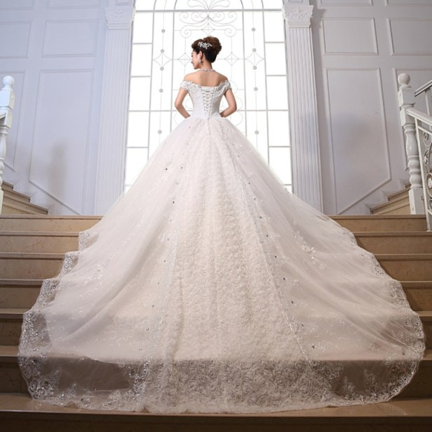 2014-new-summer-bride-romantic-dress-neckline-luxurious-long-trailing-alibaba-font-b-wedding-b-font 25 Awesome Wedding Decorations in 2014