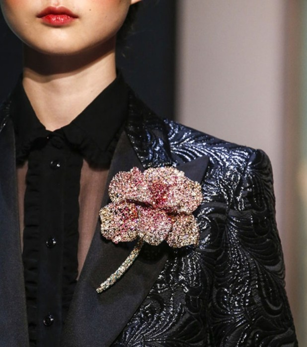 vintage-jewelry-and-brooches-4 The Hottest Jewelry Trends for Women in 2016