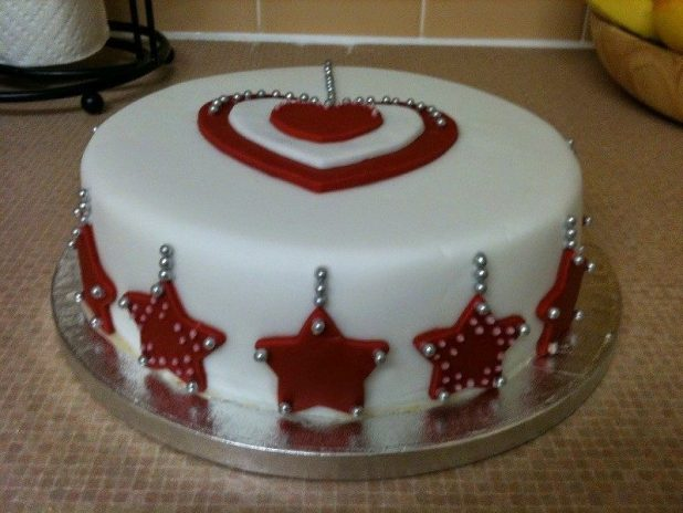 Christmas-Cake-Decoration-Ideas-2017-35 82 Mouthwatering Christmas Cake Decoration Ideas 2017
