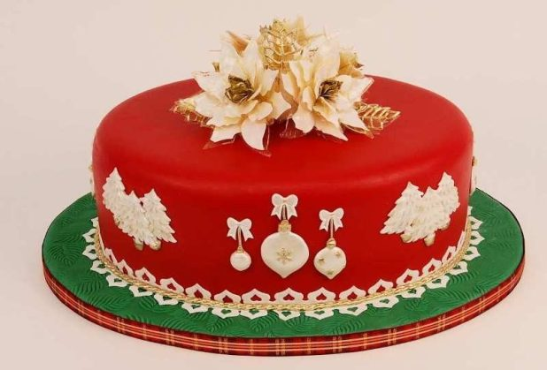Christmas-Cake-Decoration-Ideas-2017-60 82 Mouthwatering Christmas Cake Decoration Ideas 2017
