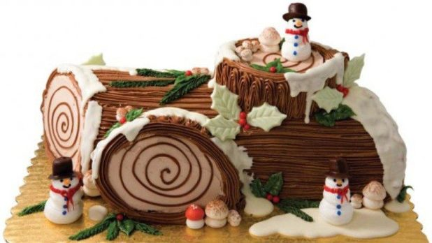 Christmas-Cake-Decoration-Ideas-2017-69 82 Mouthwatering Christmas Cake Decoration Ideas 2017
