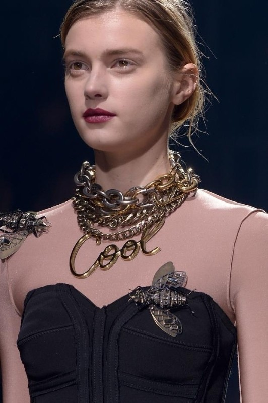 heavy-chains 23 Most Breathtaking Jewelry Trends in 2017