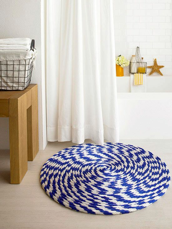 Braided-bath-rug3 6 Easy DIY Bathroom Rugs