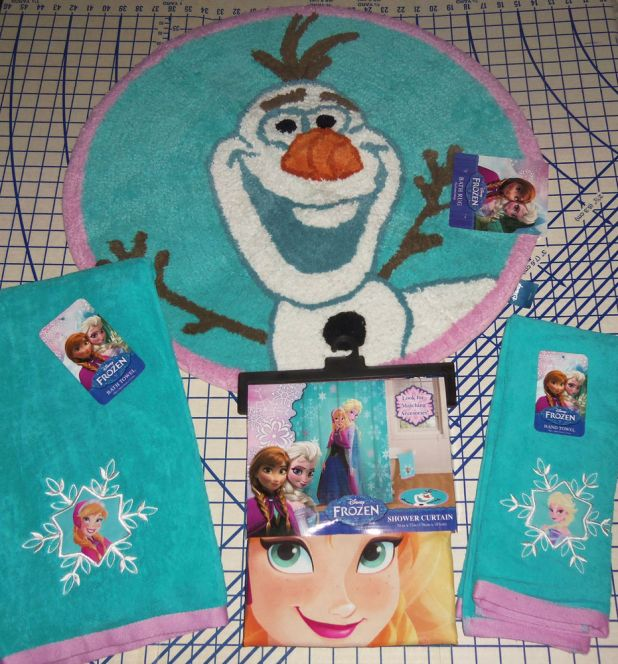 Frozen-rug-675x725 Cute Kids Bathroom Rugs for 2017