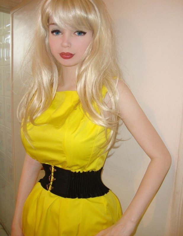 lolita-richi3-675x871 6 World's Most Popular Barbie Girls in 2017