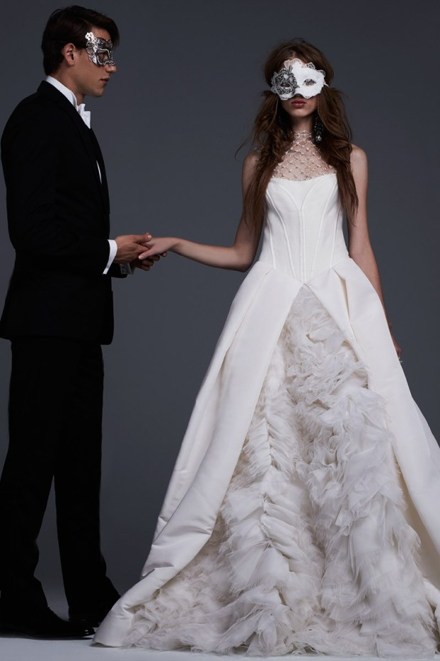 10_vera_wang-675x1013 2017 Wedding dresses Trends for a Gorgeous-looking Bride