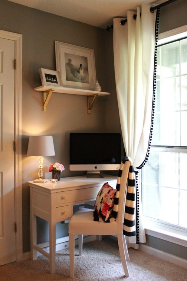 A-Corner-For-Assignments1 Top 5 Girls' Bedroom Decoration Ideas in 2017