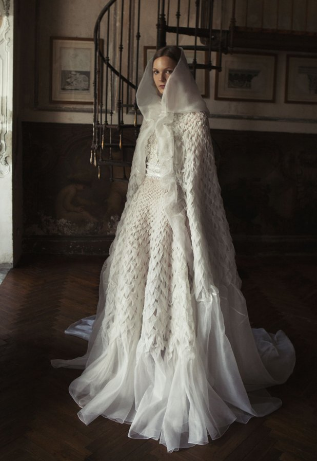 Alberta-Ferretta-wedding-dress-675x980 2017 Wedding dresses Trends for a Gorgeous-looking Bride