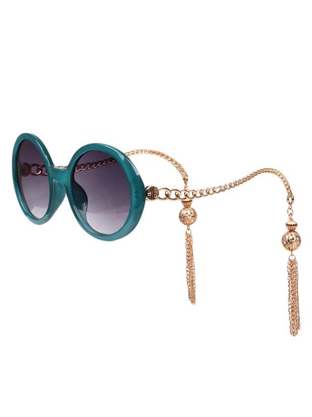 Chain-Fringe-Sunglasses5 12 Most Unusual Sunglasses Ever