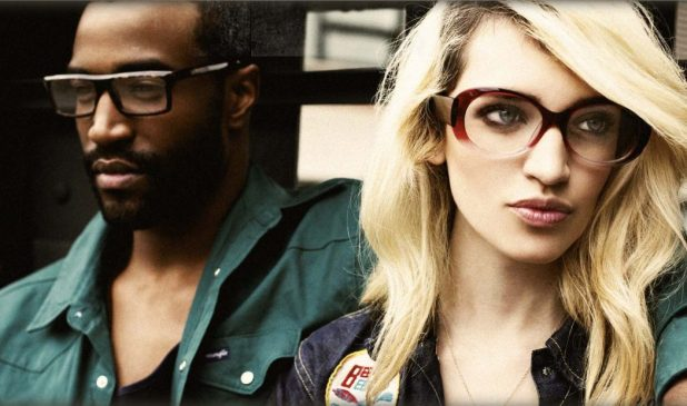 IT-glasses-vint-and-york-eyewear-brand-675x399 20+ Eyewear Trends of 2017 for Men and Women