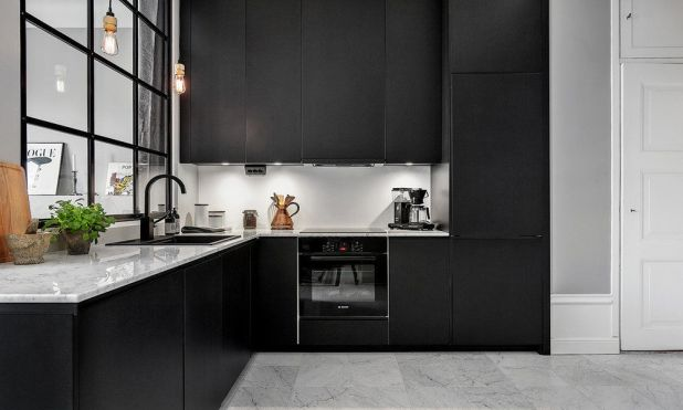 Make-It-Black5 5 Kitchens' Decorations Ideas For 2017