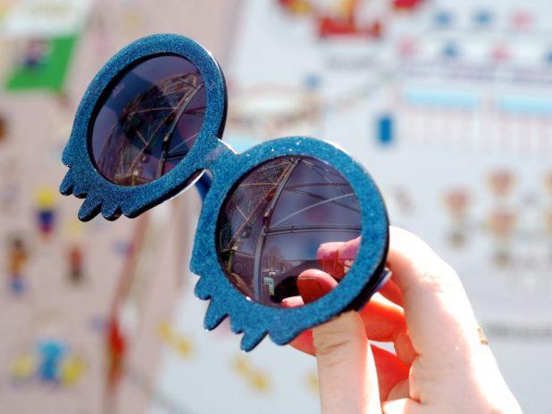 MeltingDripping-Sunglasses3 12 Most Unusual Sunglasses Ever