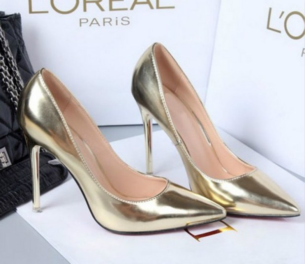 Shiny-shoes3 Summer/Spring Shoe Trends that Every Woman Dreams of in 2017
