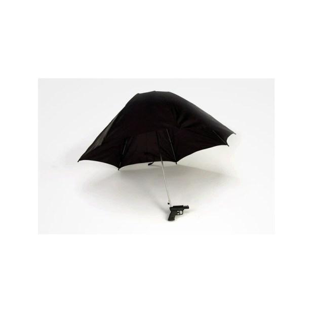 Water-Gun-Umbrella2 15 Unusual Designs For Umbrellas