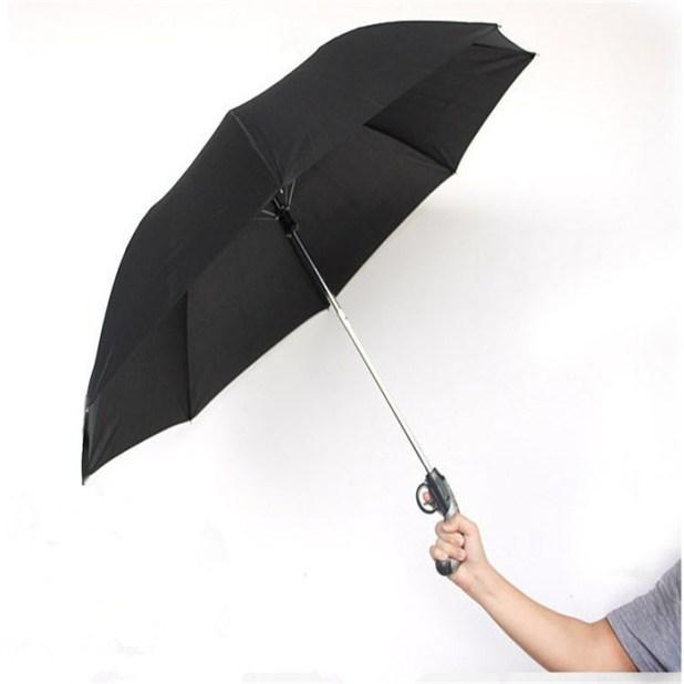 Water-Gun-Umbrella3 15 Unusual Designs For Umbrellas