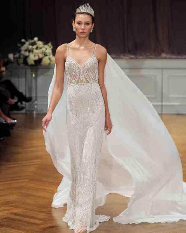 alon-livne-white-wedding-dress-fall2017-6203351-014_vert-675x844 2017 Wedding dresses Trends for a Gorgeous-looking Bride