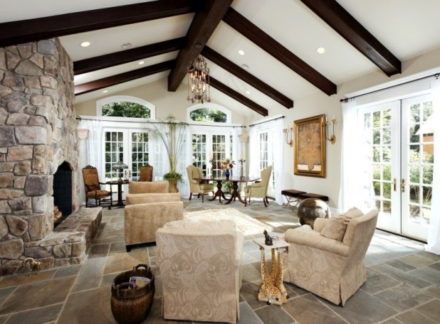ceiling-beams-8 15 Newest Home Decoration Trends You Have to Know for 2017