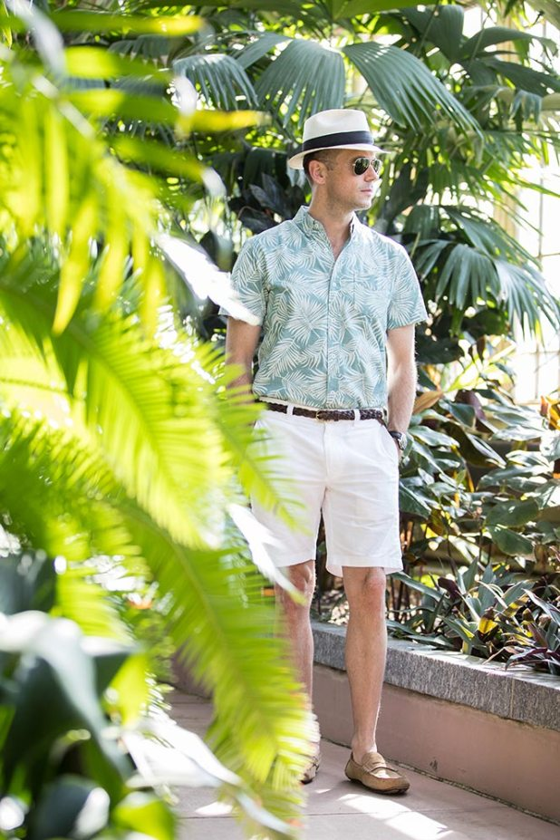 Shorts-with-casual-shoes 10 Most Stylish Outfits for Guys in Summer 2017