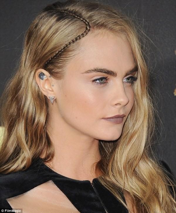 Cara Delevingne-accent-braids
