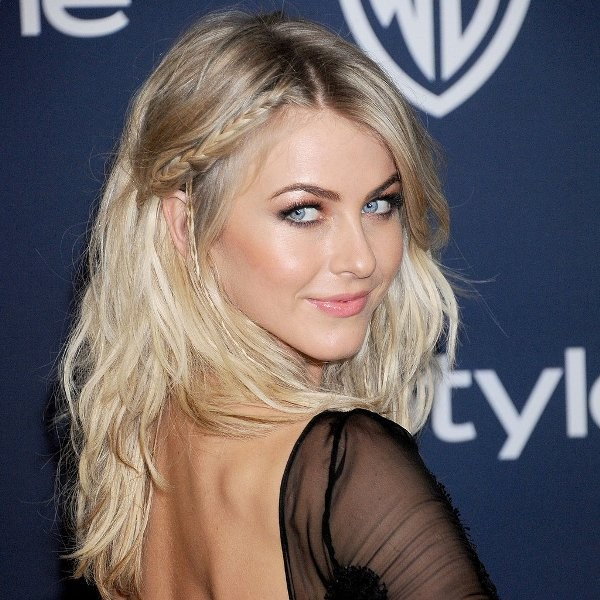 Julianne-Hough-accent-braids