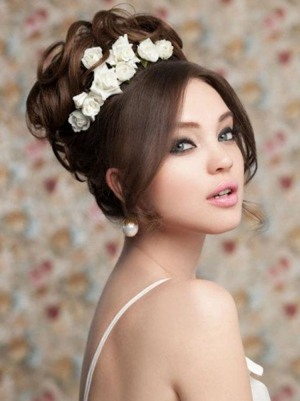 buns-13 28 Hottest Spring & Summer Hairstyles for Women 2017