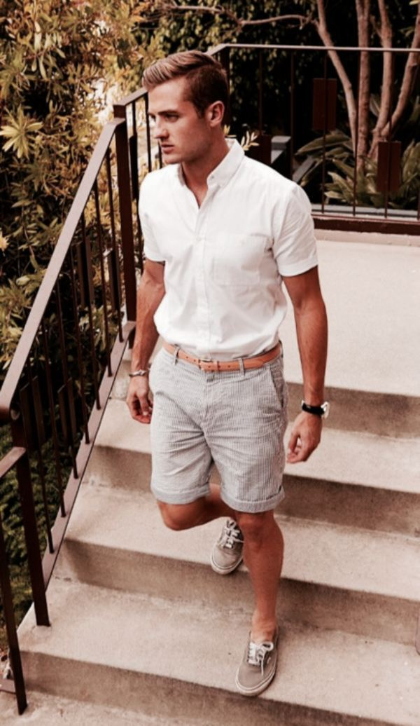 short-sleeve-shirt3 10 Most Stylish Outfits for Guys in Summer 2017