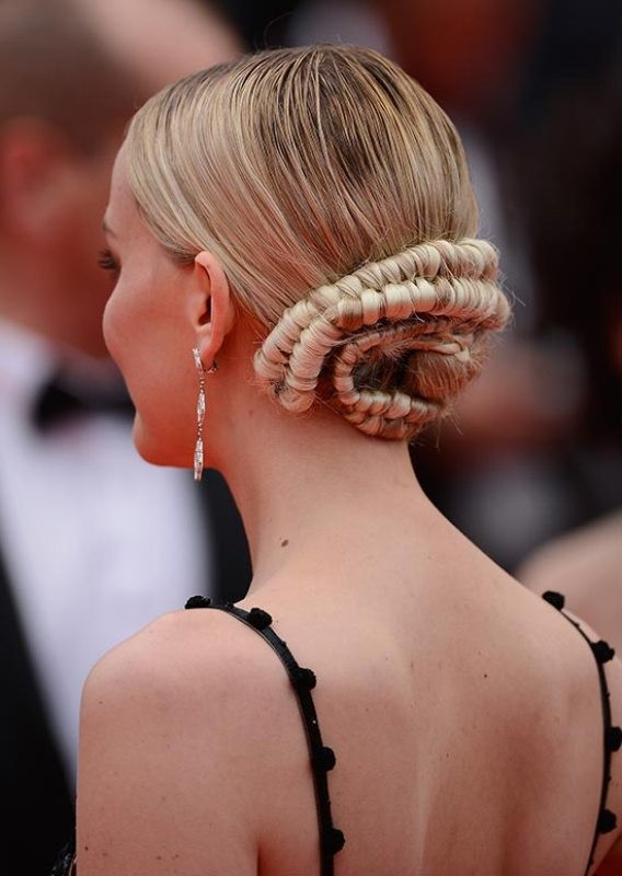 twisted-hairstyles-6 28 Hottest Spring & Summer Hairstyles for Women 2017