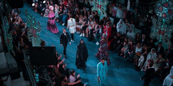 the-changing-tradition-of-fashion-shows-during-the-pandemic