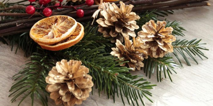 eco-friendly-christmas-decorations