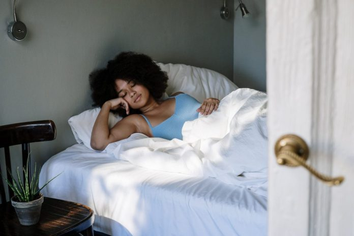 tips-to-help-you-fall-asleep-faster