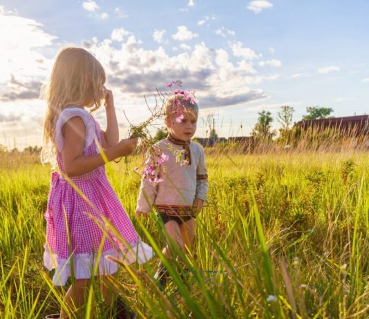 Childhood joy: 3 great ways to rediscover it