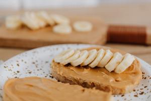 Peanut butter: benefits and 3 delicious recipes