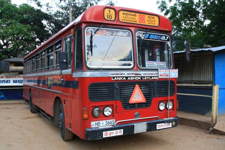 Typický dopravný prostriedok na Srí Lanke, autobus TATA, rok výroby cca 1960