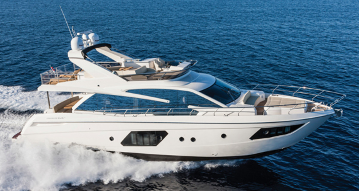 Absolute 64 Fly Power Amp Motoryacht