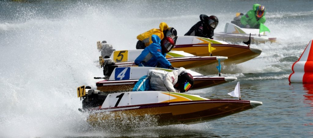 Racing in Japan with BOATRACE
