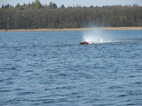 1-powerboot-treffen-am-gobenowsee-april-2010-035