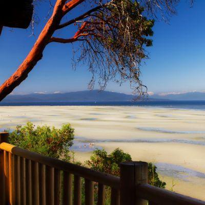 Tigh-Na-Mara Seaside Spa & Resort