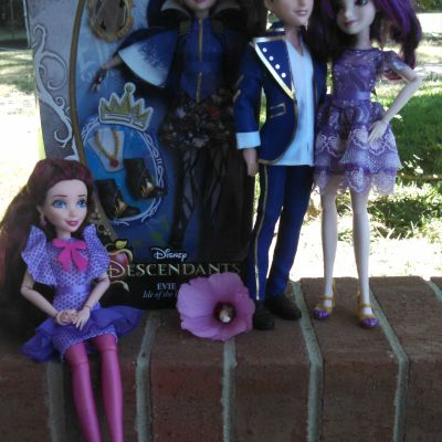 Disney Descendants Dolls Giveaway