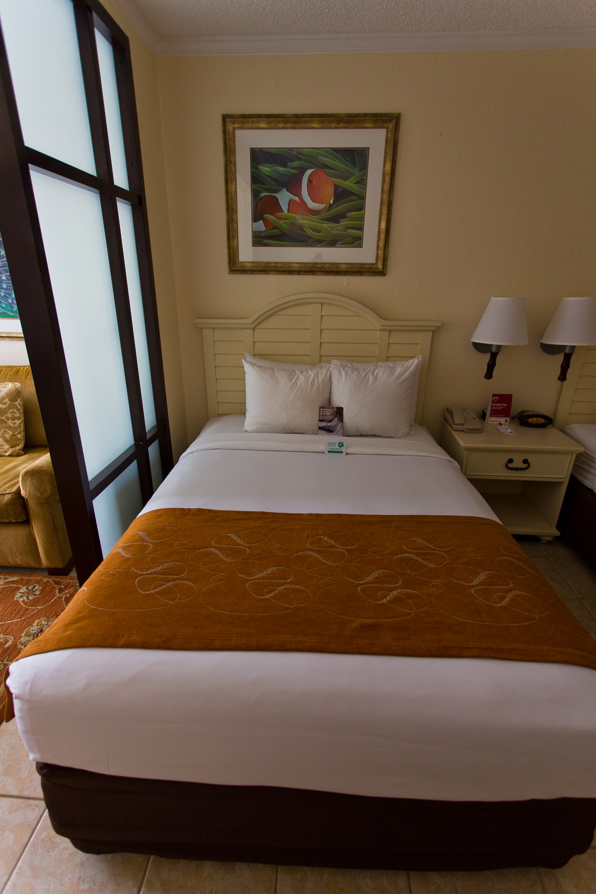 Comfort Suites Paradise Island Bed