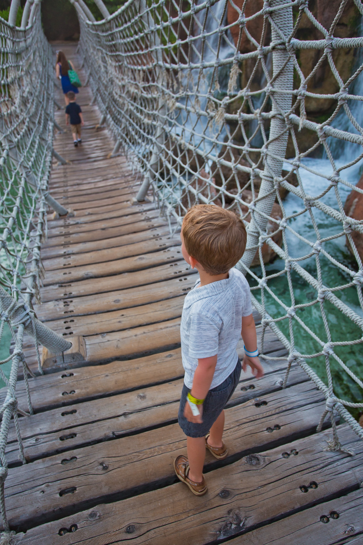 Atlantis Resort Rope Bridge