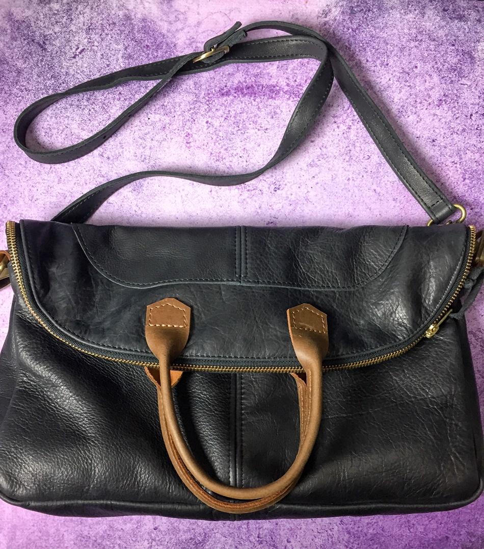 cas-handbag-black-leather-crossbody