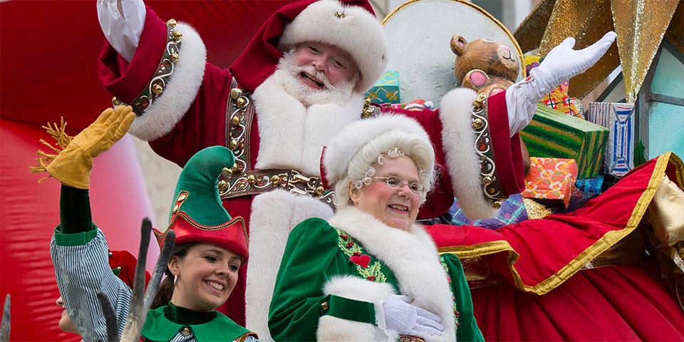 santa-at-macys-parade