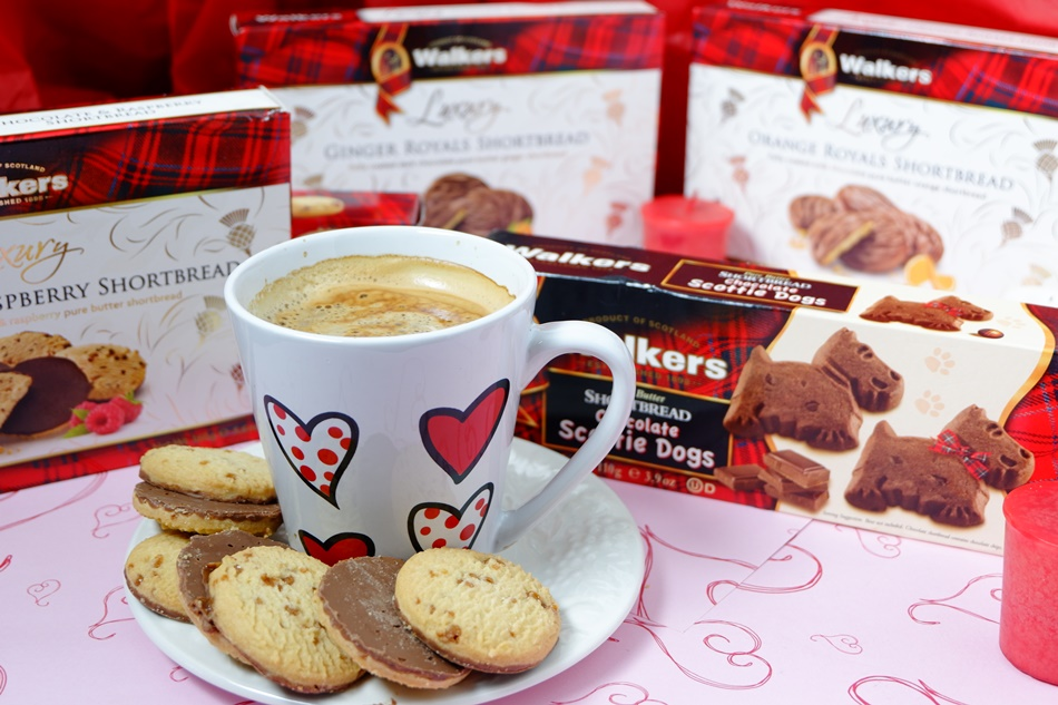 walkers shortbread with coffee
