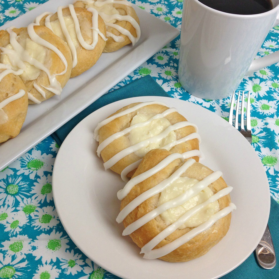 Easy Crescent Roll Cream Cheese Danish Recipe