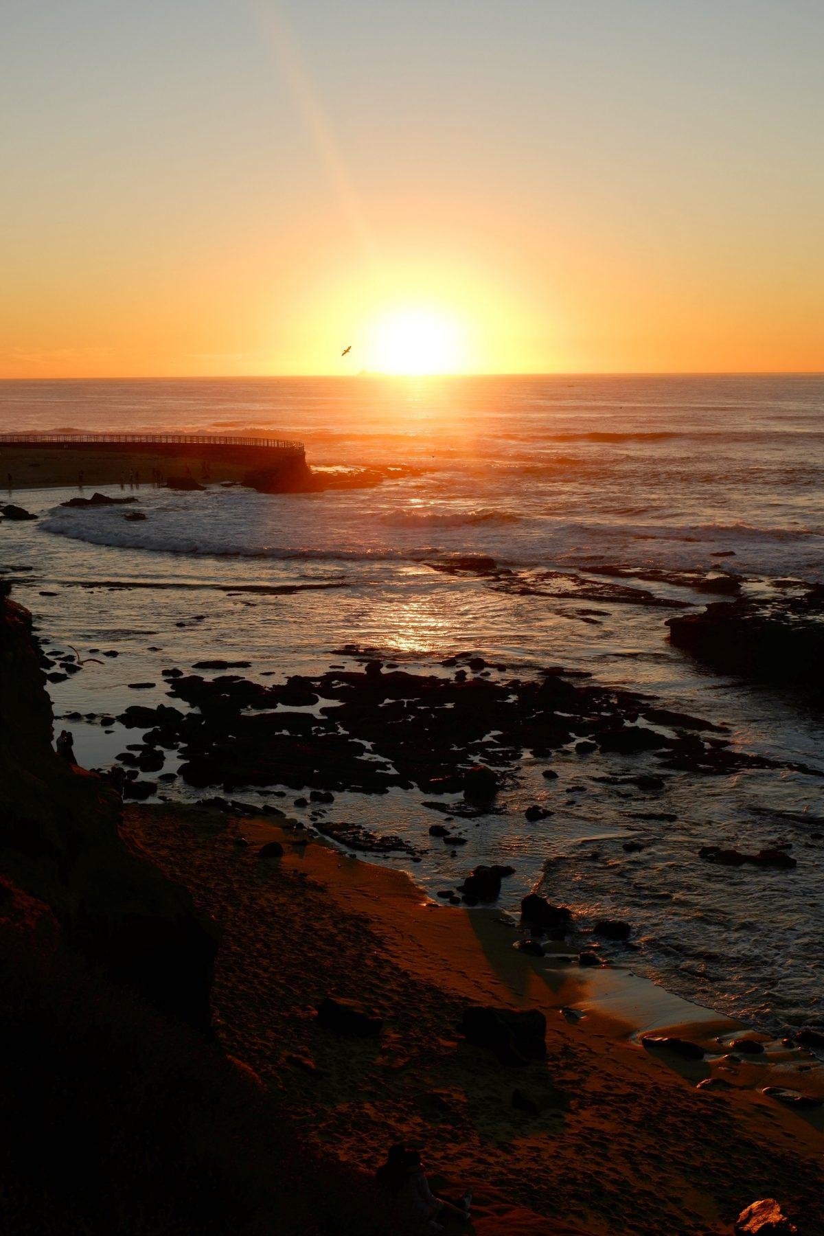 Spectacular oceanfront views at the Pantai Inn Sunset ocean view