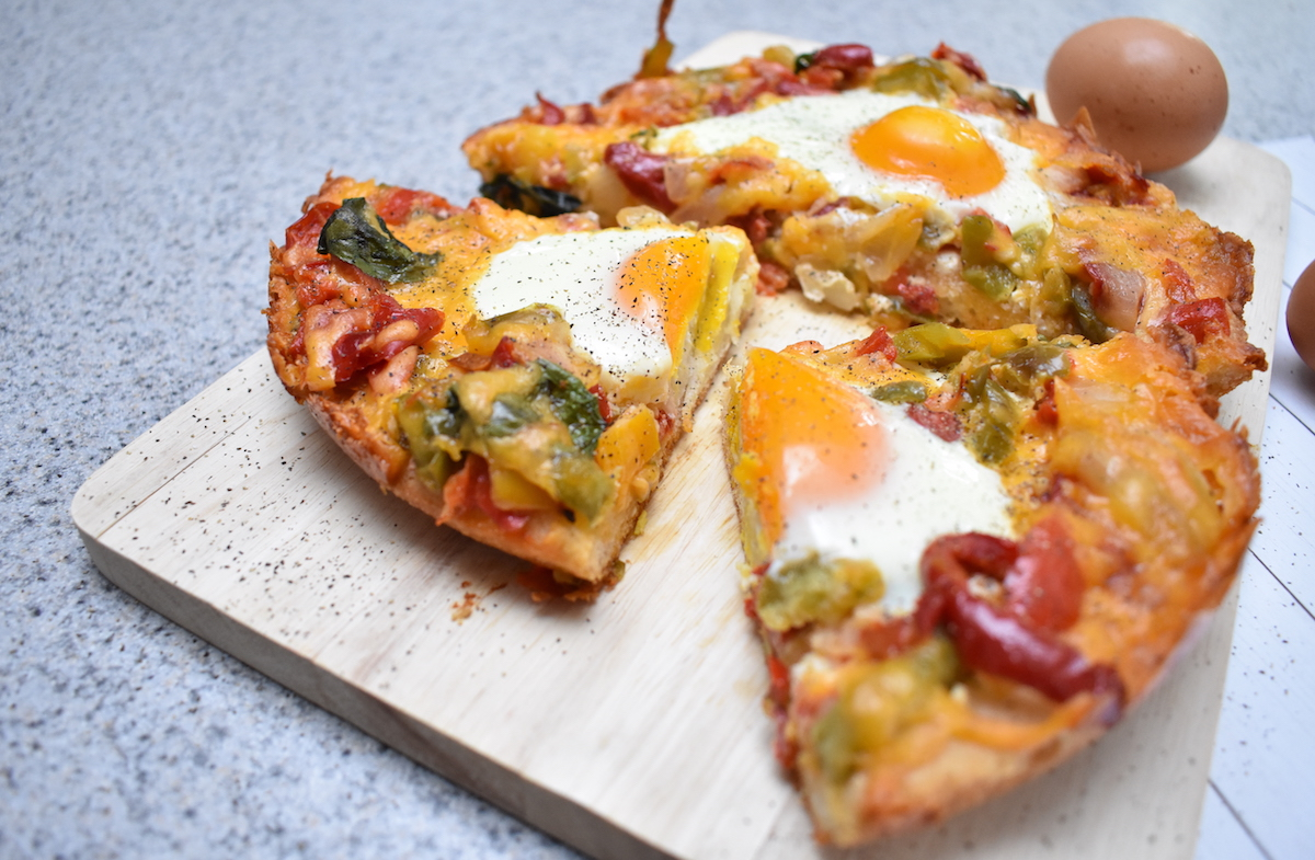 egg pizza