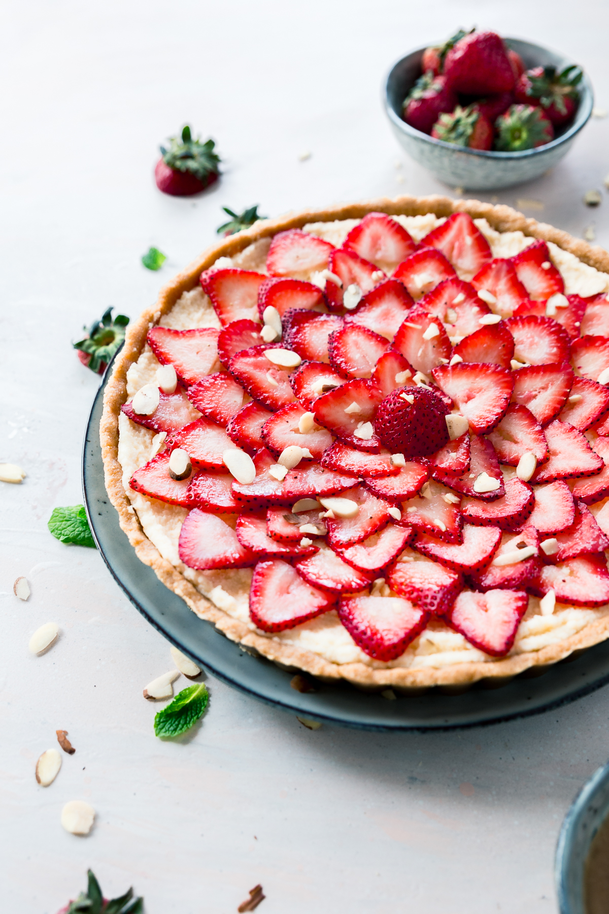 No-Bake Strawberry Mascarpone Tart made with fresh fruit and mascarpone cheese. Perfect for mother's day or any occasion.